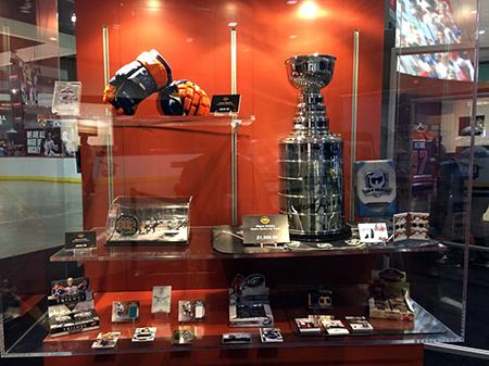 Upper-Deck-e-Pack-NHL-All-Star-Fan-Fair-Booth-Display