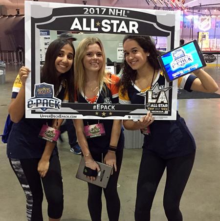 Upper-Deck-e-Pack-NHL-All-Star-Fan-Fair-Street-Team-Photo-Opp-1