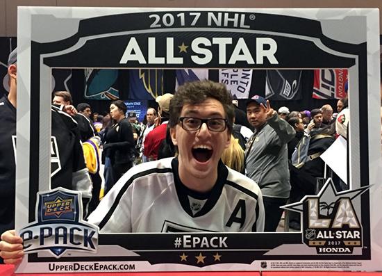 Upper-Deck-e-Pack-NHL-All-Star-Fan-Fair-Street-Team-Photo-Opp-Frame