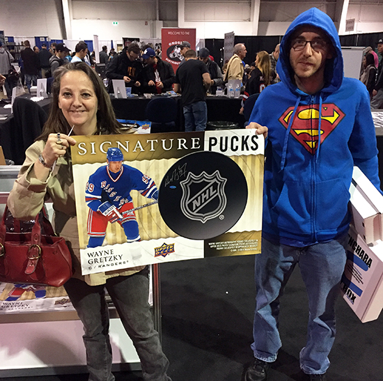 2017-upper-deck-sport-card-memorbabilia-toronto-nhl-hockey-cards-warpper-redemption-prorgram-instant-gretzky-autograph-poster