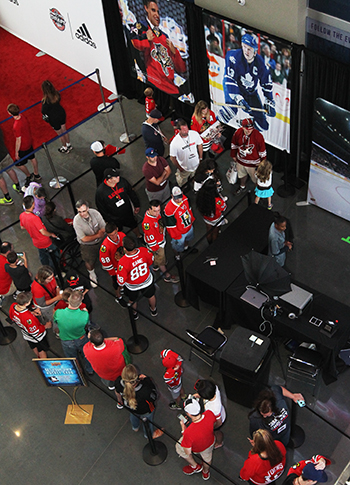 2017-nhl-draft-upper-deck-booth-autograph-session-tyler-motte-chicago-blackhawks-trade-panarin-columbus-above