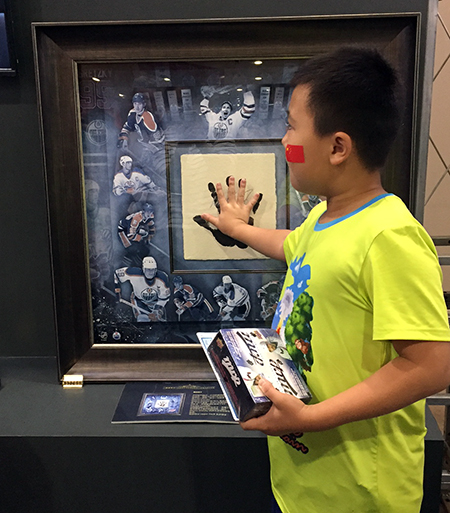 2017-Upper-Deck-NHL-China-Games-kids-youth-marketing-new-collectors-authenticated-tegata-handprint