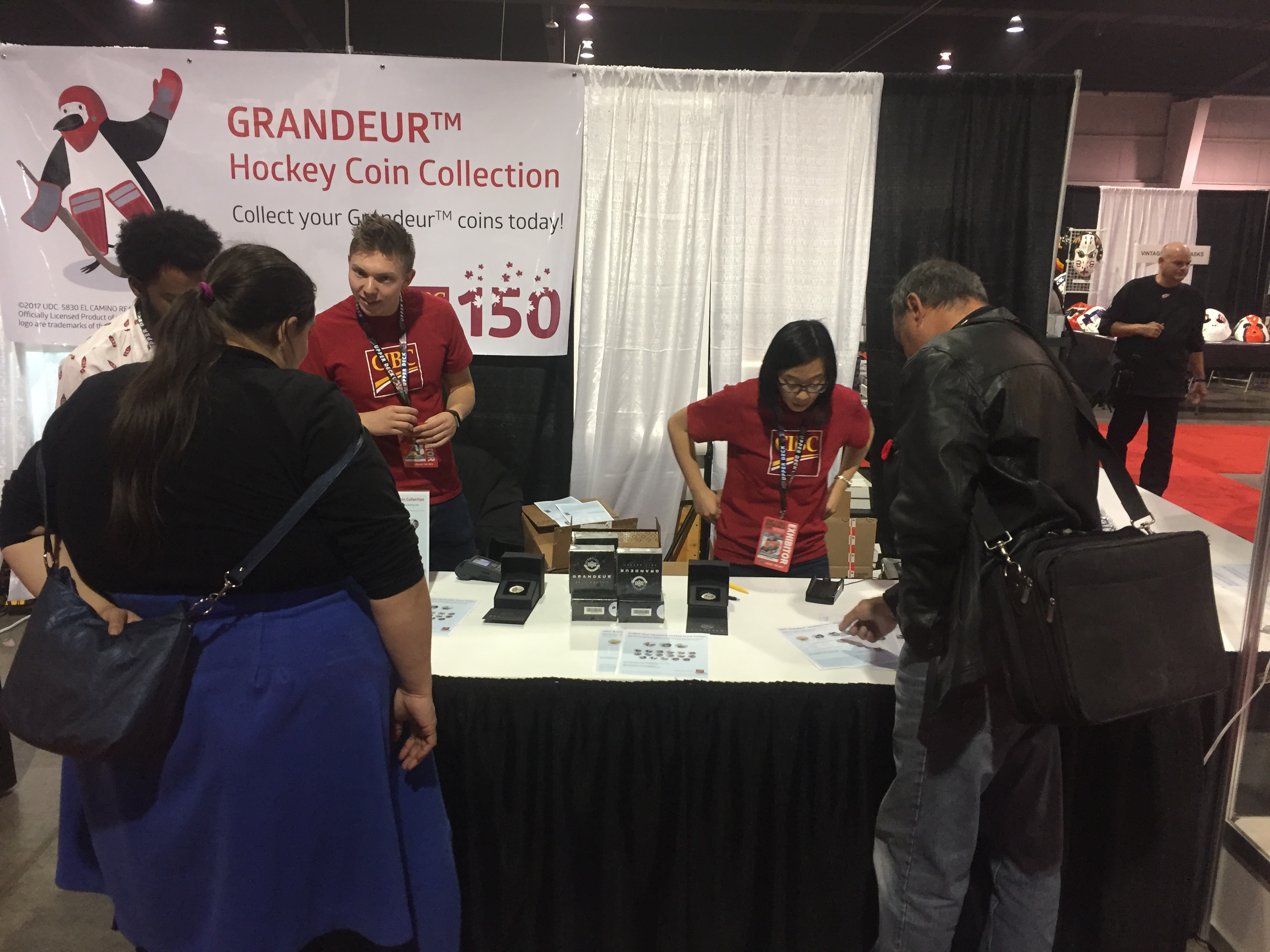 Grandeur-Upper-Deck-NHLPA-Hockey-Coins-CIBC-Booth-Expo-Collector-Interest-Gift-Idea