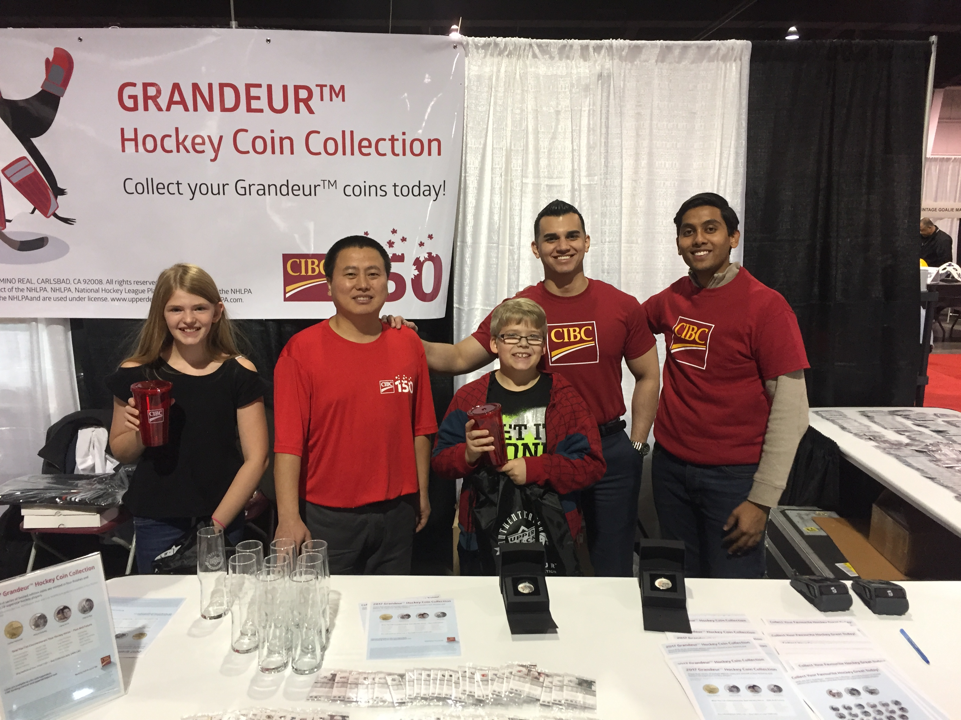 Grandeur-Upper-Deck-NHLPA-Hockey-Coins-CIBC-Booth-Expo-Customer-Appreciation