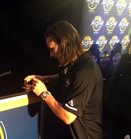 2018-upper-deck-nhl-all-star-media-day-kid-correspondent-interview-reporter-erik-karlsson-game-dated-moments-card-autograph-jaxson-shandler
