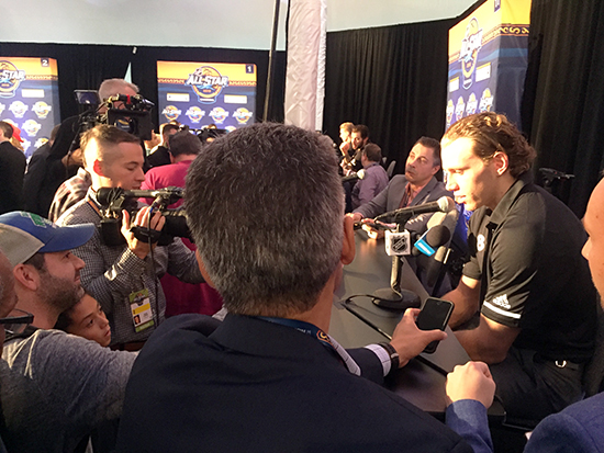 2018-upper-deck-nhl-all-star-media-day-kid-correspondent-interview-reporter-patrick-kane-jaxson-shandler-2