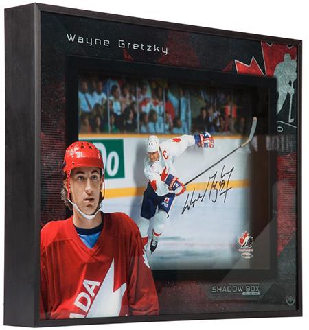 wayne-gretzky-autographed-team-canada-center-ice-shadow-box-85342-angle
